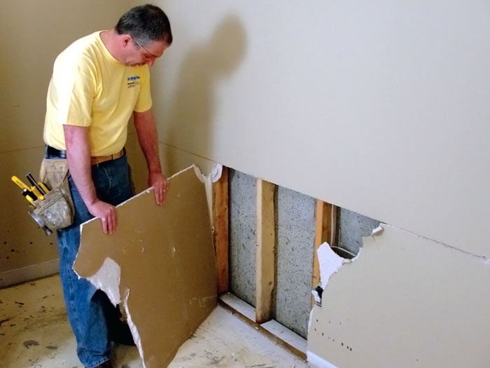 Removal of all old damaged drywall